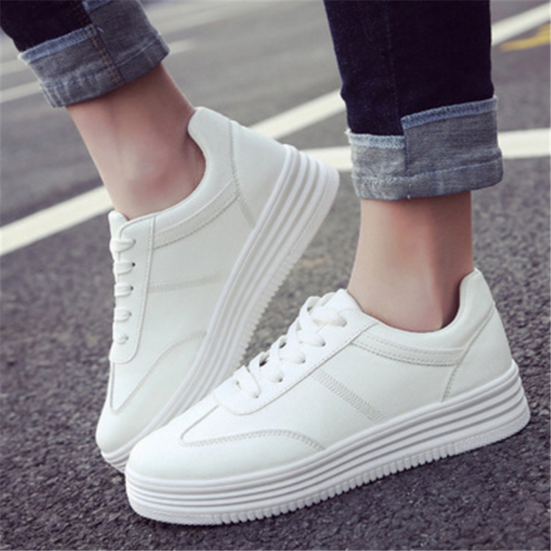2016 fashion leisure shoes in the spring and autumn air thick white shoe with flat bottom size 35 to 40 2016 new spring and summer fashion thick with the heel lace leisure wild white shoes student shoes for women boots