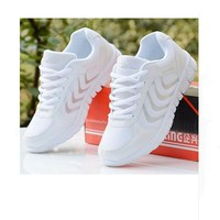2015 New Sneakers Women Outdoor Sport Shoes Summer Breathable Mesh Running Shoes White Light Casual Shoes