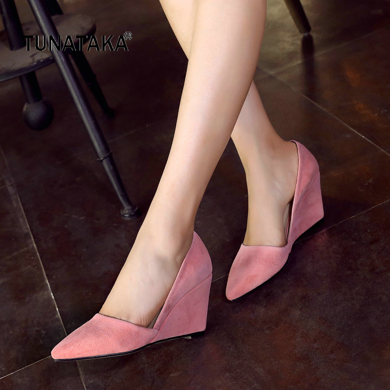 все цены на Suede Comfort Wedges High Heel Woman Lazy Shoes Fashion Pointed Toe Dress Pumps Woman Black White Pink