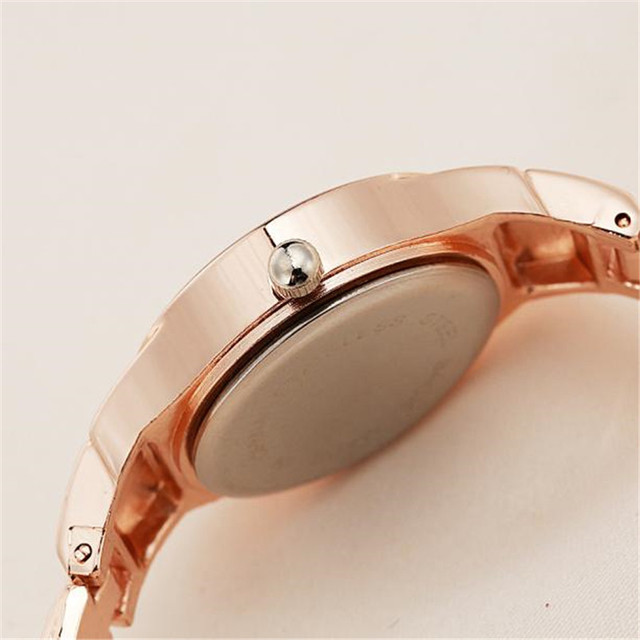 2018 Women Watches relogio masculino Reloj LVPAI chaude De Mode De Luxe Femmes Montres Femmes Bracelet Watch Dropship