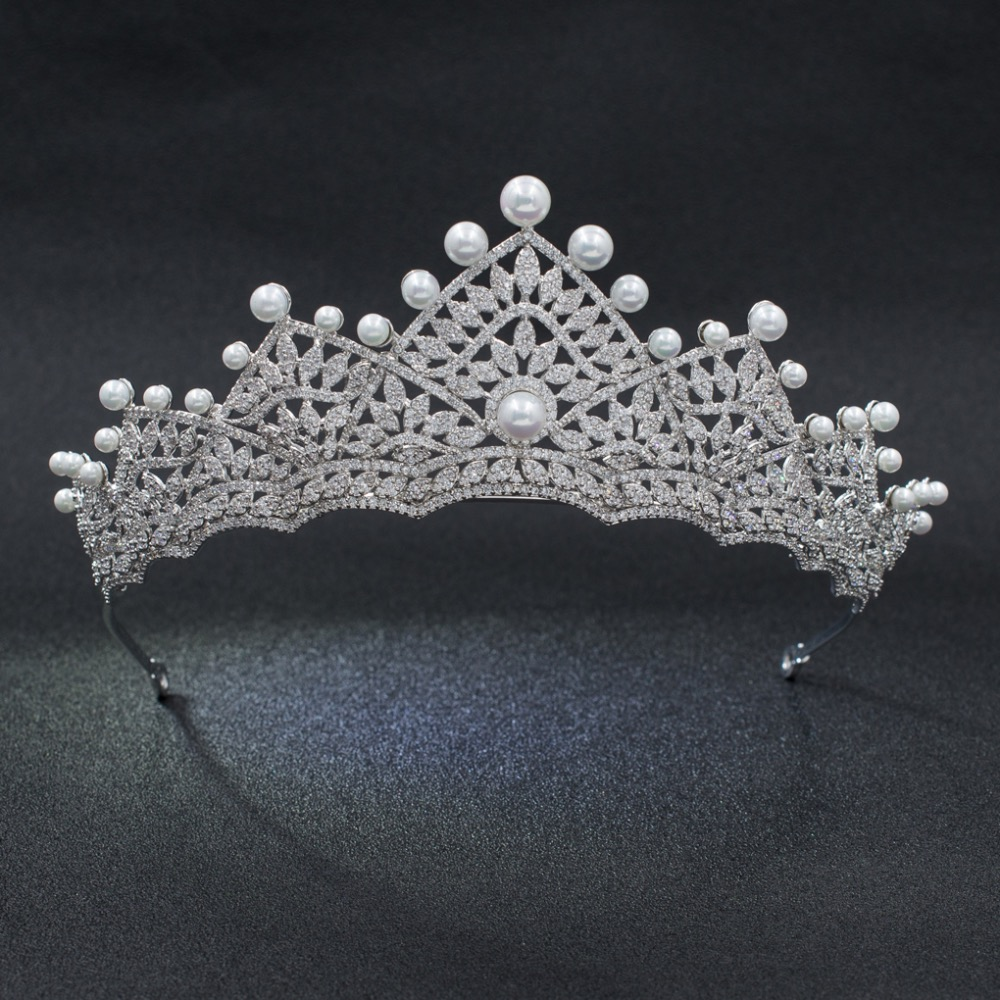 High Quality Classic CZ Cubic Zirconia Wedding Bridal Silver Tone Tiara Crown Diadem Women Hair Jewelry Accessories S00016
