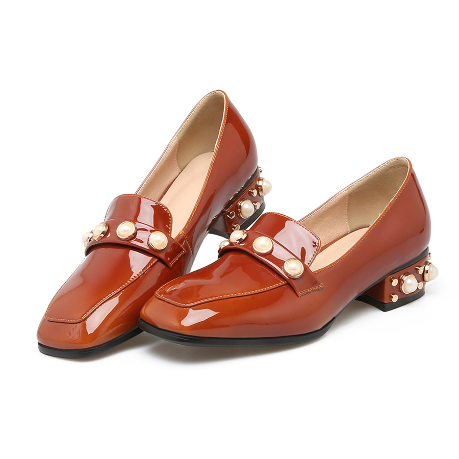 Plus Big Size Casual Summer Women Flats Low Medium Heel Loafers Patent Leather Faux Pearl Rivet Spring Office Party Ladies Shoes flat shoes women pu leather women s loafers 2016 spring summer new ladies shoes flats womens mocassin plus size jan6