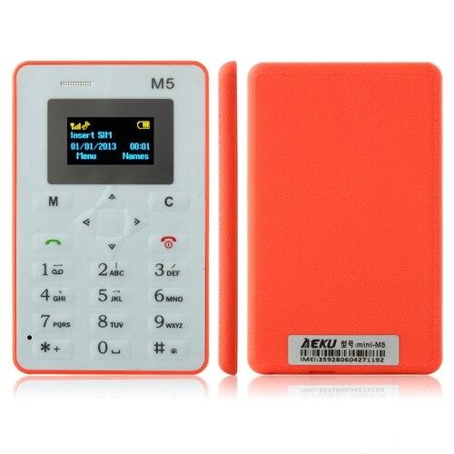 D'origine AEKU M5 Mini Carte Téléphone Téléphone Avec Sauvegarde D'urgence Portefeuille Téléphone 4.5mm Ultra-Mince À Faible Rayonnement Téléphone