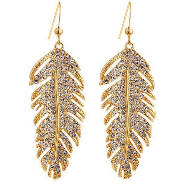 2018 hot-selling fashion jewelry fashion Bohemian elegant crystal rhinestone wings love pendant feather earrings for woman