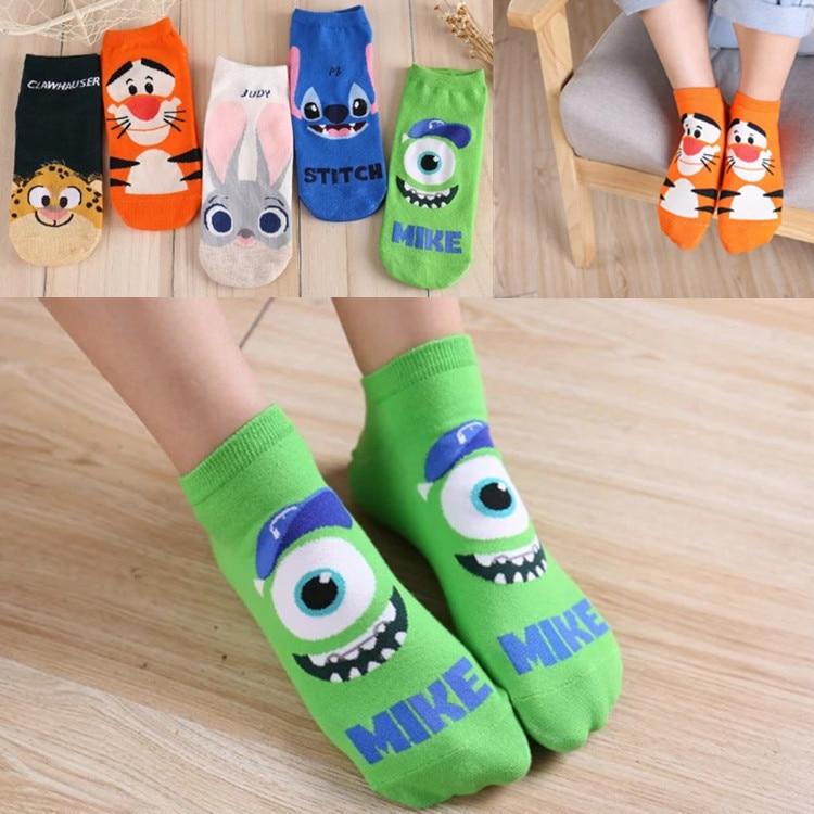 Autumn new cartoon character ladies boat socks breathable cute short socks wholesale female socks adult manufacturers