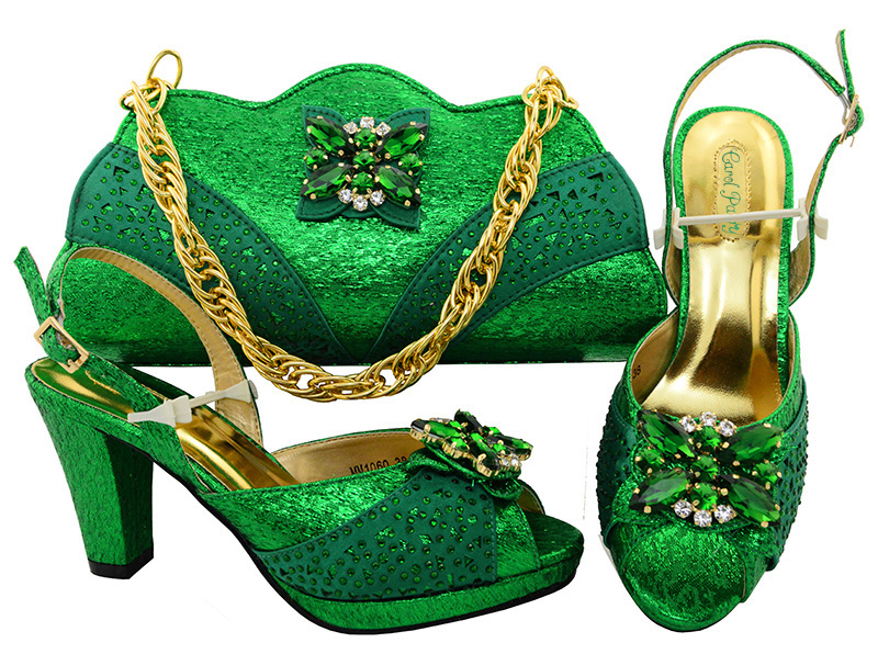 Italian Design Green Color Shoes With Matching Bag Set For Wedding Party Nigeria New Fashion Women Pumps Shoes and Bags MM1060 new arrival italian fashion shoes with matching bag set for wedding party nigeria women pumps shoes and bags mm1055