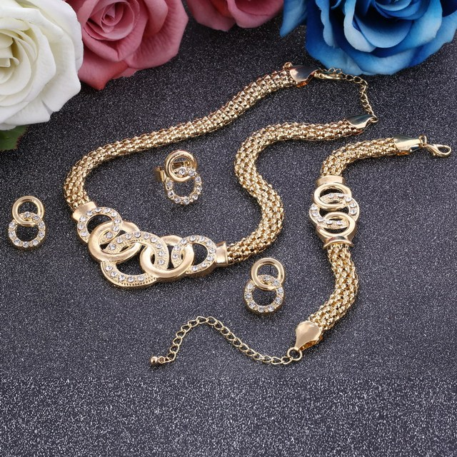 Delicate Golden Plated Jewelry Set Circle Surround Design Choker Necklace Set Ho