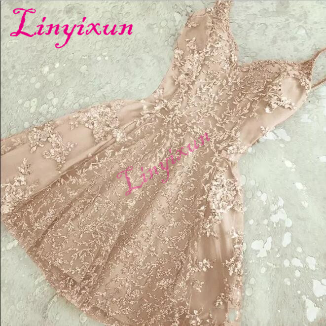 2018 Elegant A-Line Crystals Short Homecoming Dresses New Lace Appliques Mini Spaghetti-Straps Cheap Cocktail Dresses Custom