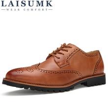 LAISUMK New Plus Size Vintage Leather Men's Shoes Business Formal Brogue Pointed Toe Carved Oxfords Vintage Wedding Dress Shoes недорого