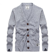 The new listing of autumn and winter men sweater long-sleeved warm sweater V-neck casual Slim solid color coat