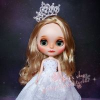 Handmade 1/6 blyth doll clothes Accessories Fashion lace wedding dress + crown +veil for blyth doll clothing accessories