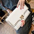 Remaches del embrague del sobre bolsa de embrague de las señoras Bolsos Crossbody bolsa de la cadena del bolso de hombro para las mujeres Bolsos de las mujeres Rosa y Negro blanco
