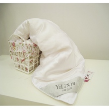 White warm subtle soft winter blanket/quilts Weight 1000 grams wedding favors and gifts sell