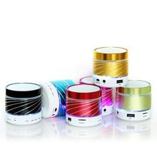 Бесплатная доставка, Красочные СВЕТОДИОДНЫЕ фонари Bluetooth динамик Сабвуфера Аудио беспроводной мини портативный компьютер звуковая карта мини-динамик