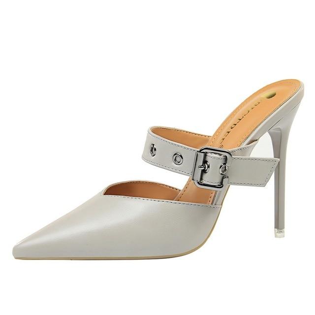 9a04ced8f0 Mulher verão Sexy Projeto Banda Sandálias Ao Ar Livre Super sapatos de Salto  Alto Pontas Do Dedo Pé Das Senhoras Sapatos Verão 10 cm Slip On pontas  chinelos