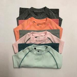 Image 4 - Kadın Yoga Seti Spor Giyim Ombre Dikişsiz Tayt + Kırpılmış Gömlek Egzersiz Spor Takım Elbise Kadınlar Uzun Kollu Spor Seti Aktif giyim