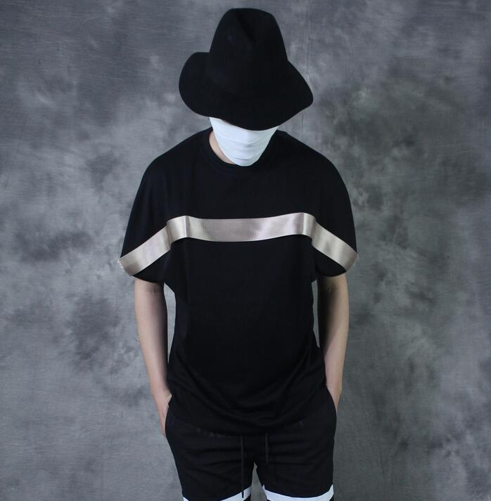 Personnalité punk o-cou noir vintage à manches courtes T-shirt hommes lâche patchwork all-match bref noir T-shirt hommes décontracté T-shirt