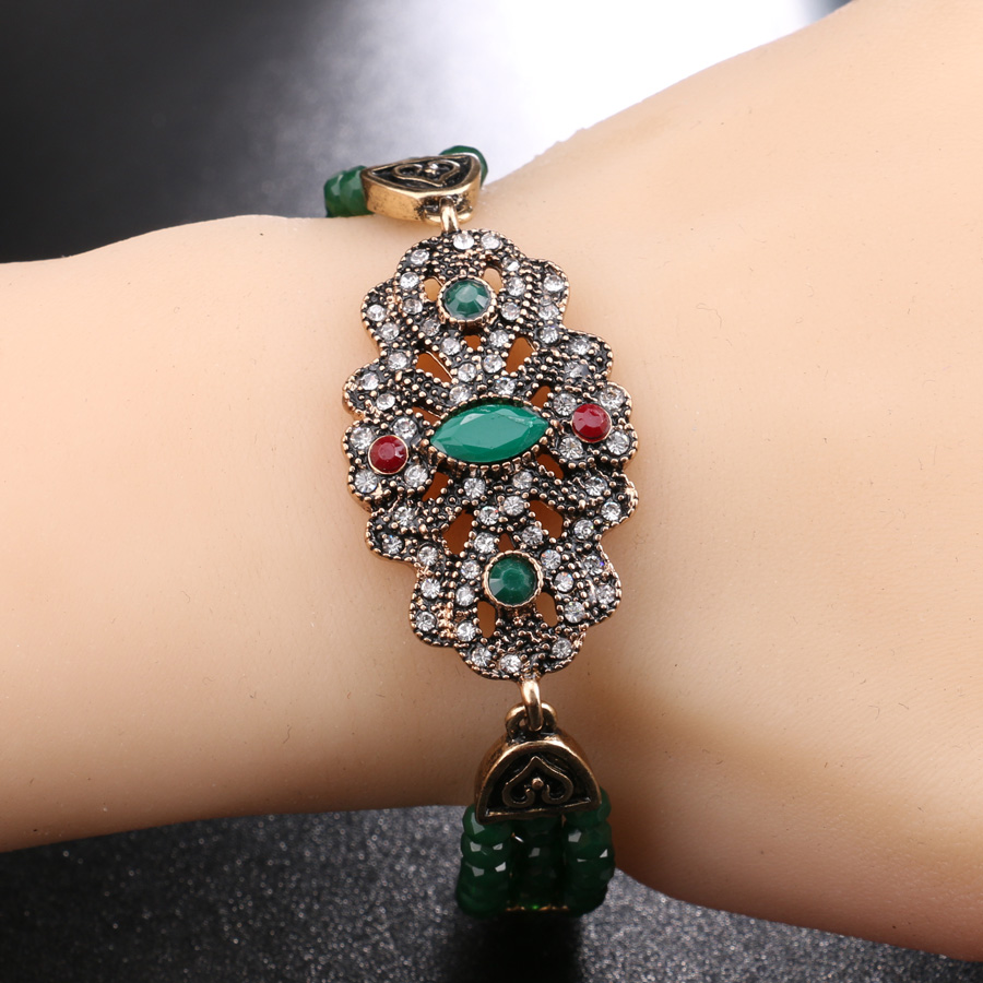 Kinel Vintage Jewelry Hand Made Green Crystal Beads Bracelet Color Gold Fine Gift