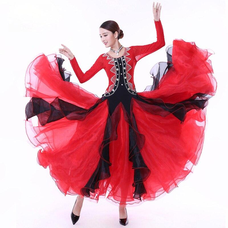 Платья танцевальном конкурсе