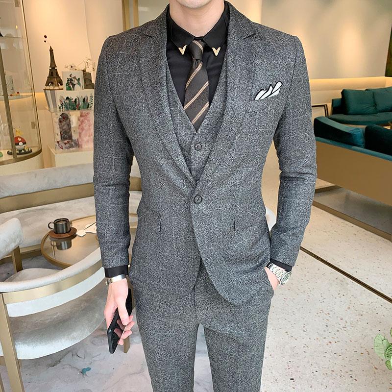 US $72.53 35% OFF|3piece Men Suit Plus Size Costume Homme Mariage Slim Fit  Suits Men 2019 British Style Young Man Formal Wear Tuxedo Dress 5XL M-in ...