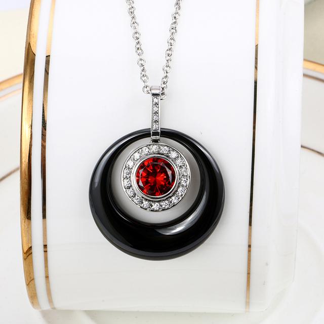 Keramický náhrdelník ČERVENÝ KRYŠTÁL 2farby Ceramic Pendant Necklace Red Crystal