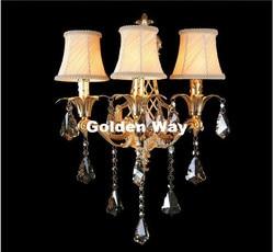 Nowoczesne złoty ścienny ze stopu światła nowoczesne lampy kryształowe ściany dekoracji pokoju hotelowego kinkiet lampka nocna 3L AC projekt darmowa wysyłka crystal wall lamp designer wall lampwall lamp -