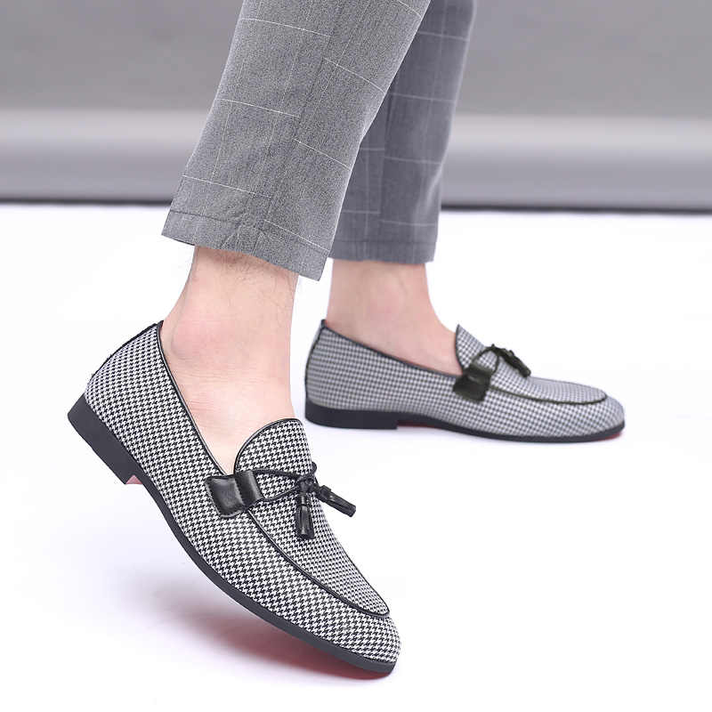 2019 Mannen Mode Canvas Business Schoenen Doug Lederen Puntschoen Classic Wedding Slip-On Penny Casual Platte Schoenen Plus maat 38-48