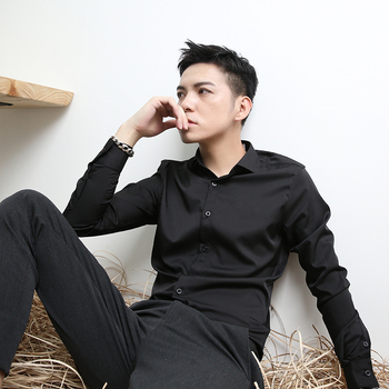 2018 The new high quality shirt men's long sleeves and long sleeves to avoid the hot and casual pure color bottom shirt. M-6XL