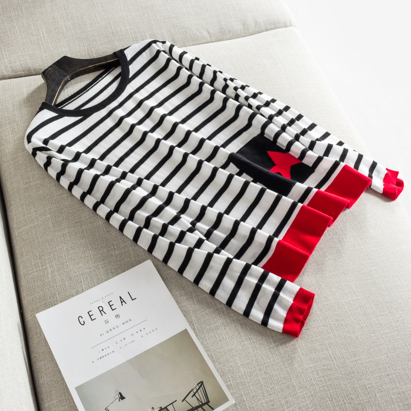 Autumn and winter new women s high end boutique spell pocket black and white striped intersecting