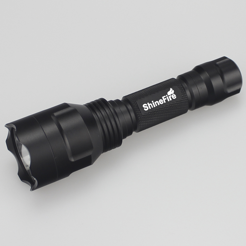 LED flashlight CREE R2 black Durable Aviation aluminum alloy strong light 1000 lumenes 3 models 18650 recharged battery Camping
