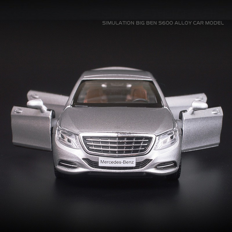 Maybach S600 Model Toy Car with Lights 10