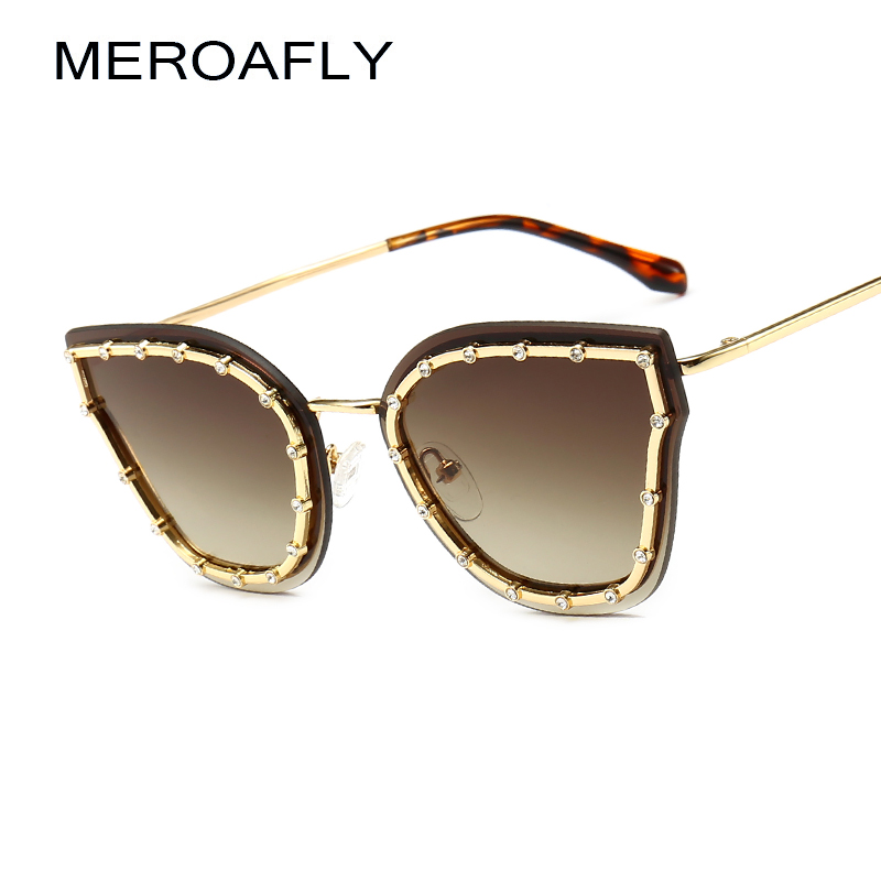 MEROAFLY Luxury Crystal Rhinestone Cat Eye Sunglasses Women Fashion Brand Designer Gradient Sun Glasses Ladies Black Blue Shades