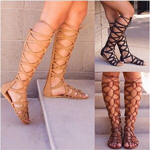 Image 5 - 2020 로마 검투사 붕대 샌들 여성 무릎 높이 플랫 sandalias botas 여성 신발 여성 여름 할로우 발목 부팅