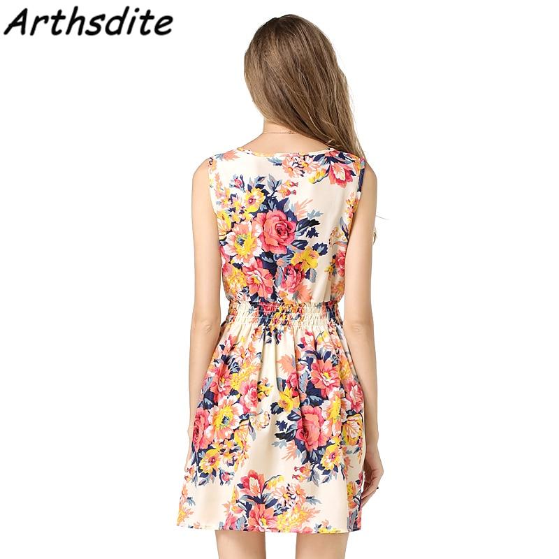 Arthsdite 2018 Sexy Women Summer Dress Sleeveless O Neck Fashion large Size  Sundress Beach Floral Print Tank Dress Vestidos-in Dresses from Women s  Clothing ... 092502877592