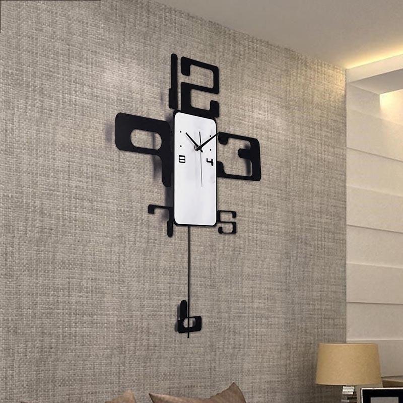 Moderne bref métal Art numérique aiguille grande horloge bureau décoration murale artisanat pour cadeaux de bon augure Quartz balancement mur montre horloges