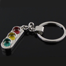 Mini Creative Traffic Light Car Keychain Chain Metal Wallet Bag Hanging Accessories Fashion Gifts