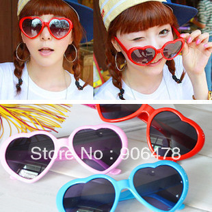 Promotion+Free Shipping Fashion Heart Sunglasses Colorful Sunglasses Popular Ladies Eyewear 13 Colors For Choice