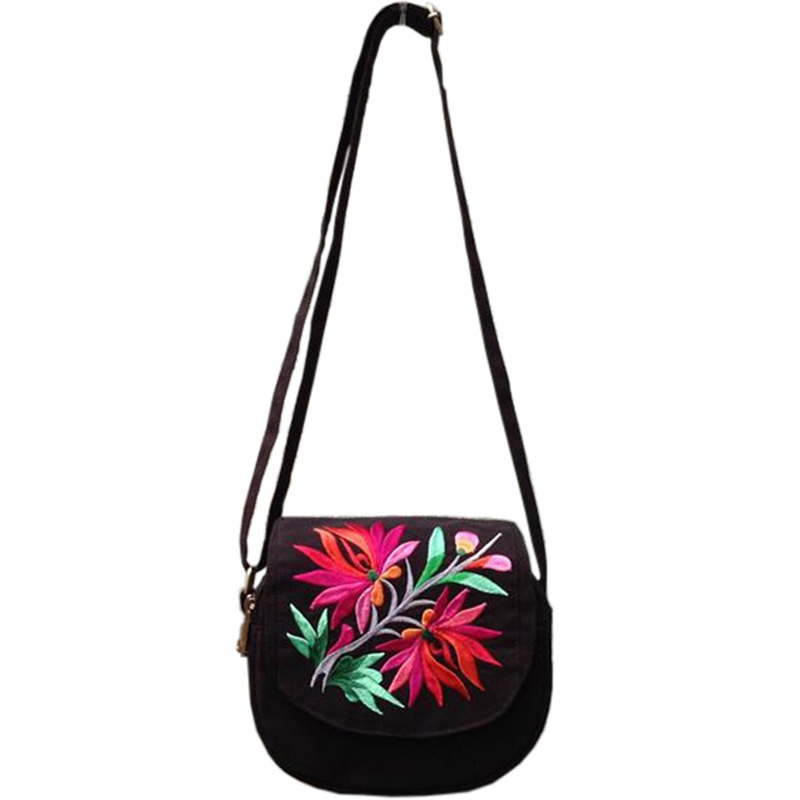 Women's black Canvsa Handmade Embroidered bag Small Messenger Bag New National Style 2018 New