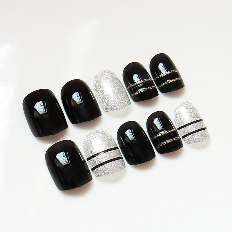 24pcs Halloween Gift Fake Nails Art Decorations Solid Black White ...