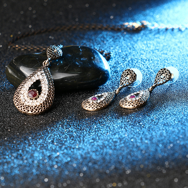 Crystal Drop Jewelry Set