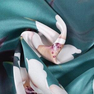 Image 3 - BYSIFAใหม่Luxuryผ้าไหมผ้าพันคอผ้าคลุมไหล่ผู้หญิงสีเขียวเข้มยาวผ้าพันคอแฟชั่นผ้าไหม 100% คอผ้าพันคอFoulard 175*52 ซม.