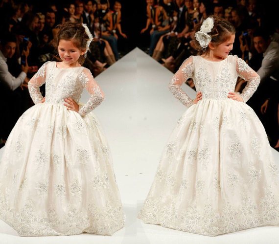 цена на Princess Flower Girl Dress For Wedding Lace Sequins Beads Girls Long Sleeve White First Communion Dress Size 2-16Y