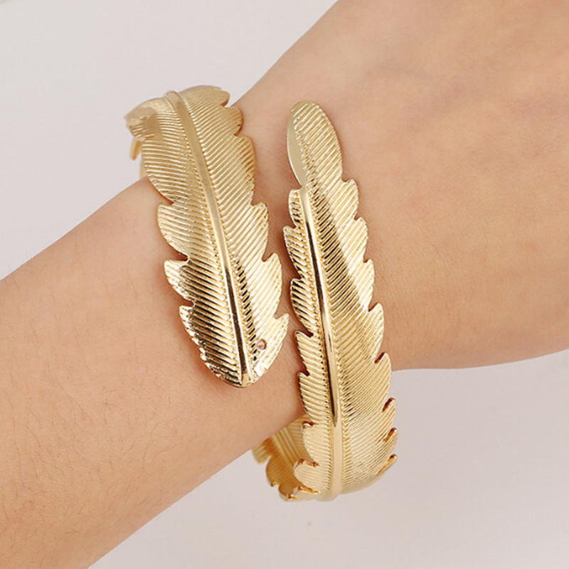 European and American Bohemian style Retro exaggeration Metal feathers Opening Arm ring bracelet Free shipping