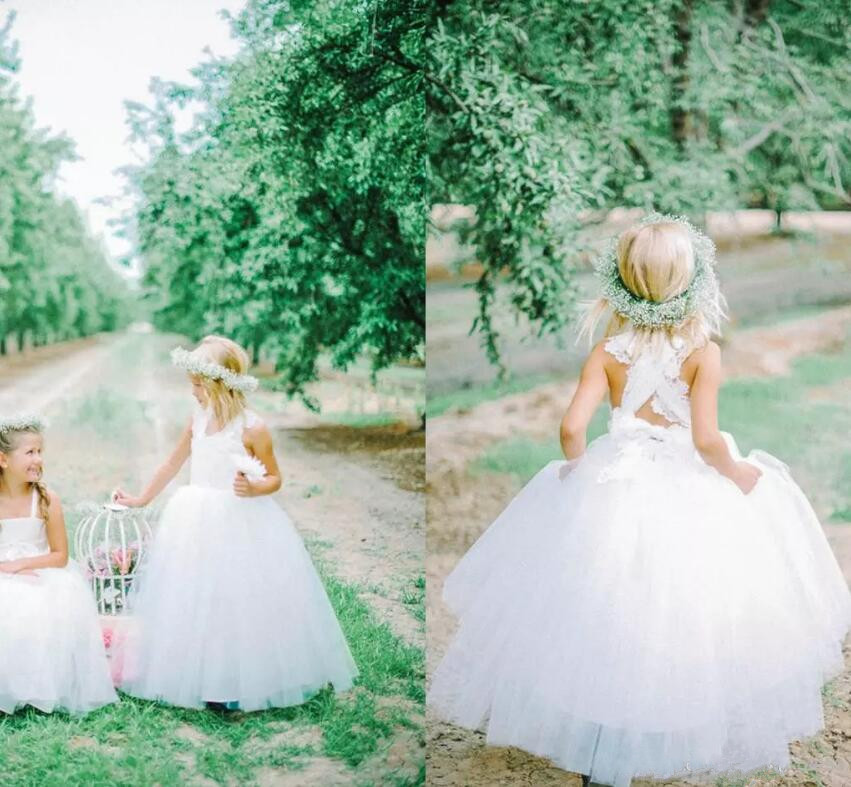 New Lovely White Tulle Flower Girl Dresses Cross Straps Back Flowers Ball Gown Floor Length Girls Pageant Dresses Custom Made lovely purple ball gown long flower girl dresses for wedding custom made girls pageant gown