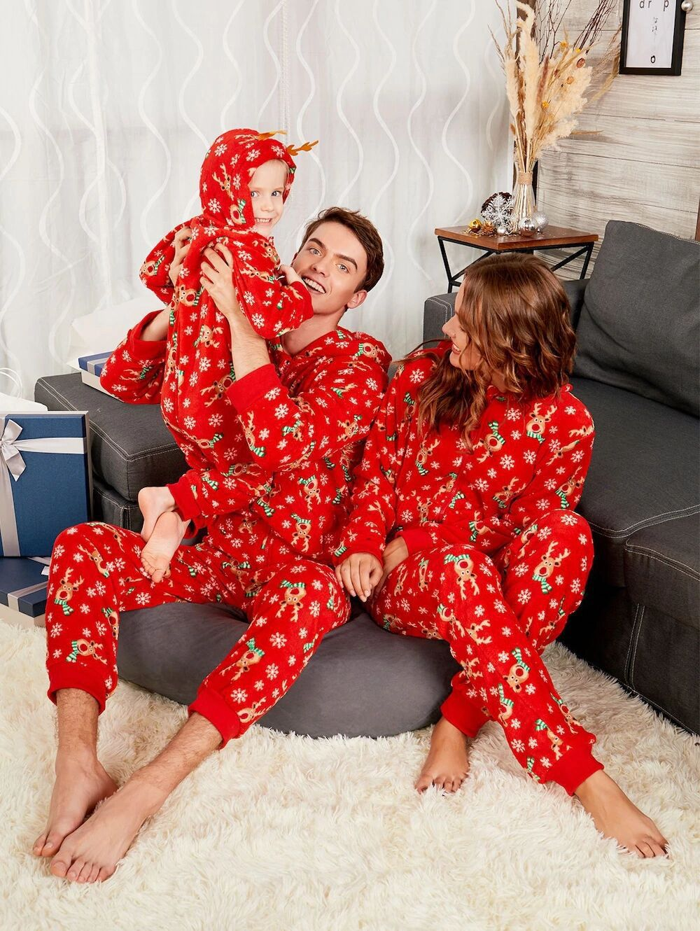 2d35709e14 2018 Family Matching Christmas Pyjamas Pjs Father and Baby Son Clothes  Newborn Toddler Girls Rompers Mother and Daughter Clothes-in Matching  Family Outfits ...