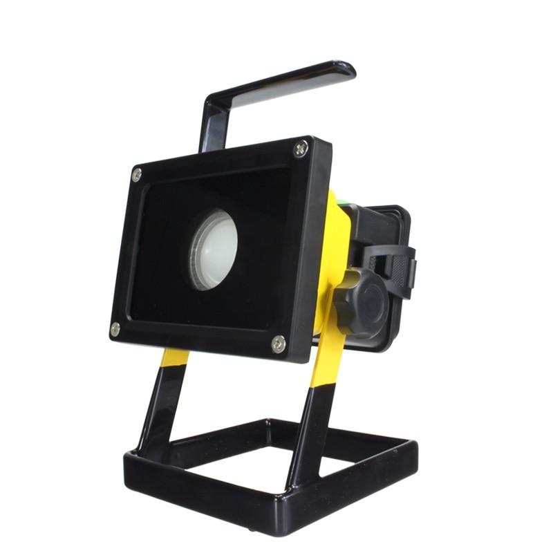 ФОТО Outdoor LED Floodlight 30W 2400Lm CREE Portable led Waterproof Rechargeable Lamp flood light Spotlight Emergency light IY105102