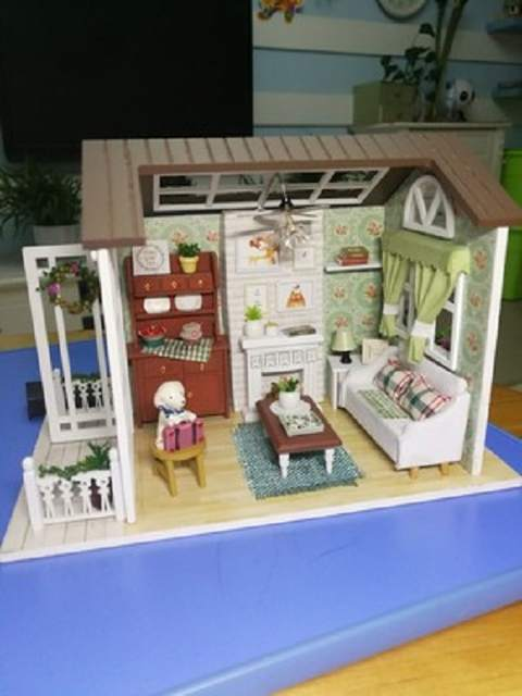 Diy Forest Happy Holiday Times Handcraft Mini Dream Home Dollhouse Building Assembling Wooden Model Puzzle White House Doll