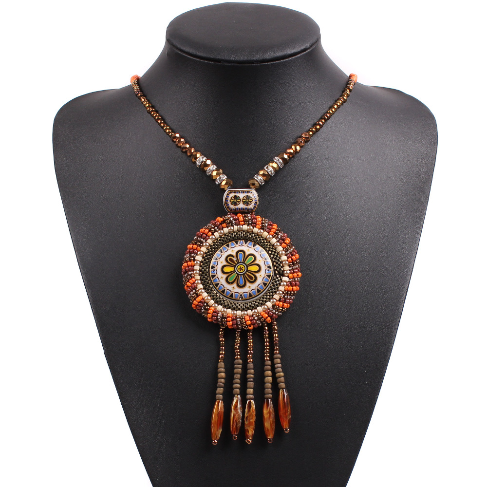 2018 Neue Design Mode Holz Perle Quaste Kette Chunky Erklärung Choker Kragen Anhänger Vintage Halskette Für Frauen Schmuck