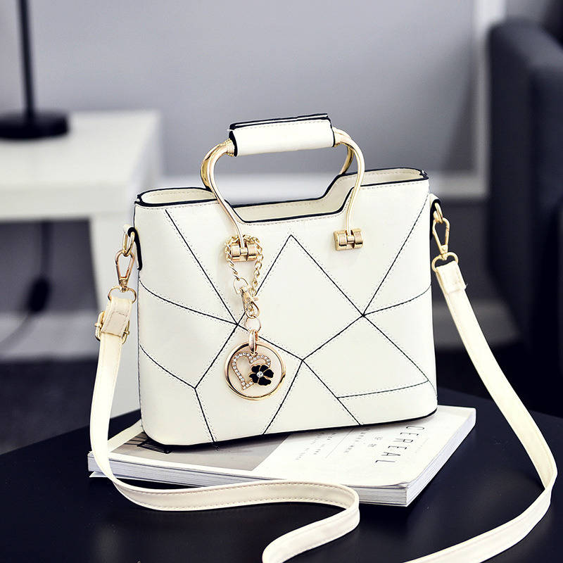 Casual White PU Women Handbag Office Lady Shoulder Bag Crossbody Metal Handle Heart Flower Pendant 9800000g 3000mw 802 11b g 54mbps usb 2 0 wifi wireless network adapter