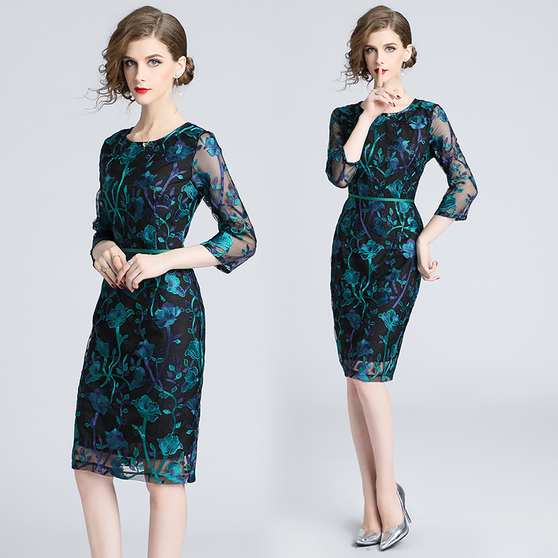 Autumn Green Embroidered Lace Bodycon Dress Vestidos Casuales Mujer 2019 Ladies Bandage Dress Roupas
